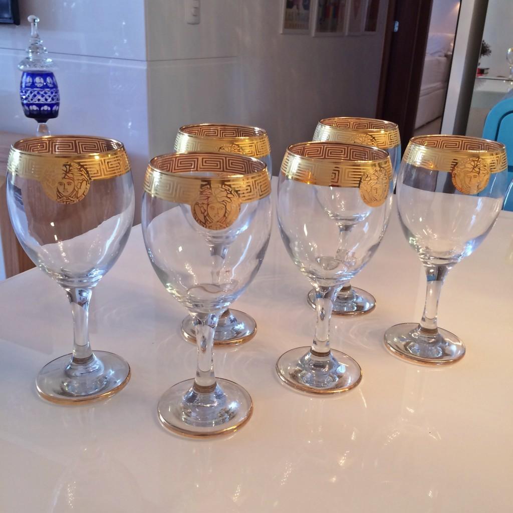 taças douradas