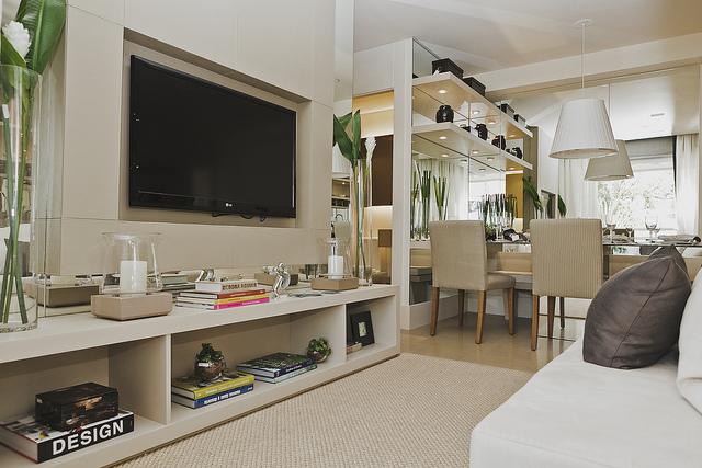 Decorar Sala De Apartamento Pequeno ~ de maior amplitude não precisa ficar apenas no branco a escala de