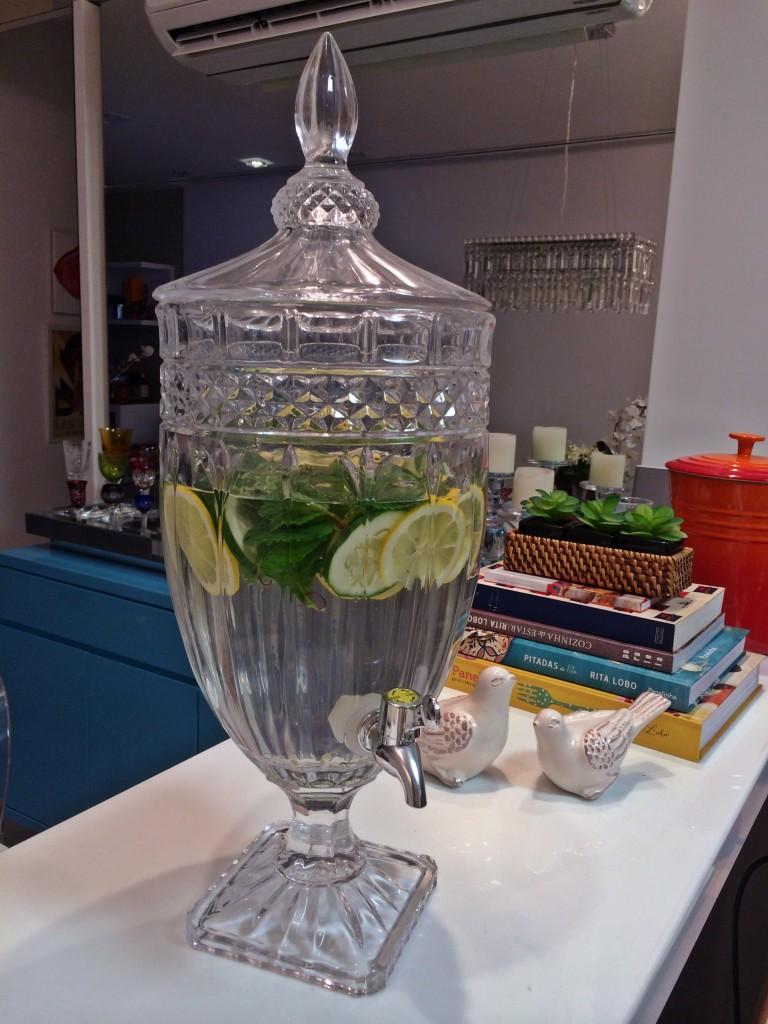 agua aromatizada detox